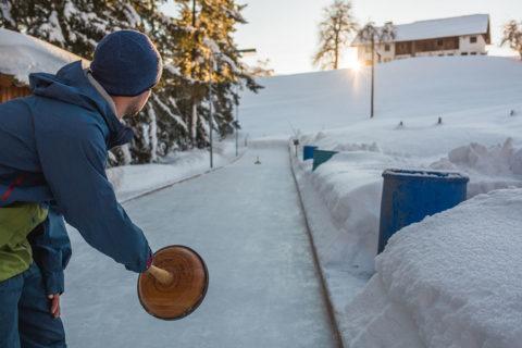 Eisstockschießen - Winterurlaub im Salzburger Land